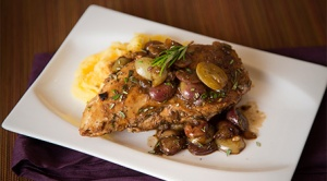 Honey-Balsamic-Chicken-with-California-Grapes-PLATED-WITH-POLENTA